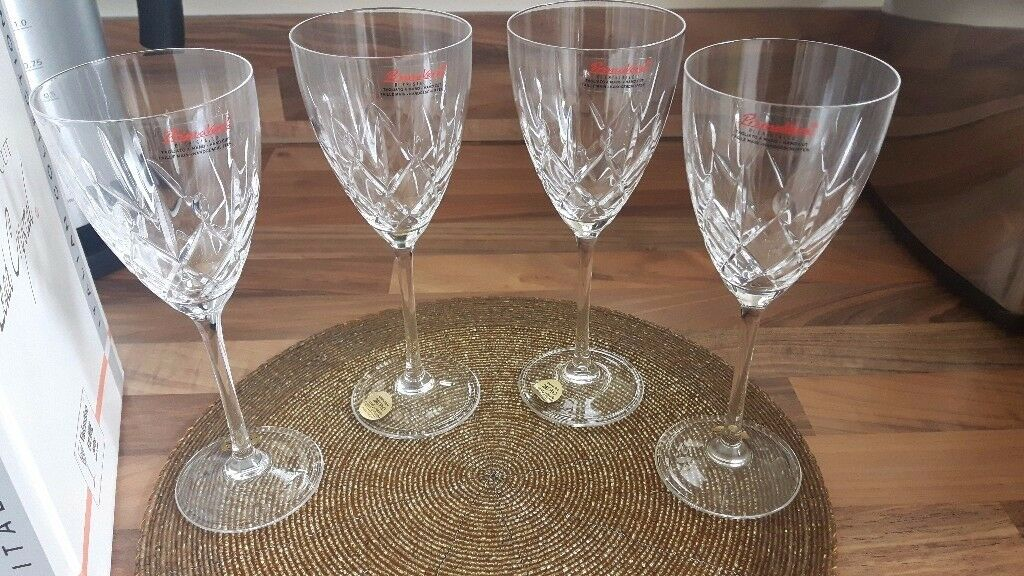 Brand New Handcut Lead Crystal Italian collection Wine glasses
