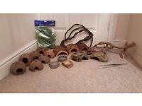Reptile Decor Accessories, Hides, Feeding tongs, Bowls, Branches for Snakes, Lizards, etc.