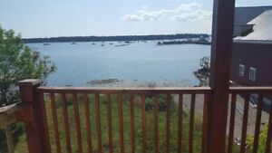 Water view 1 bedroom apt in the heart of st andrews