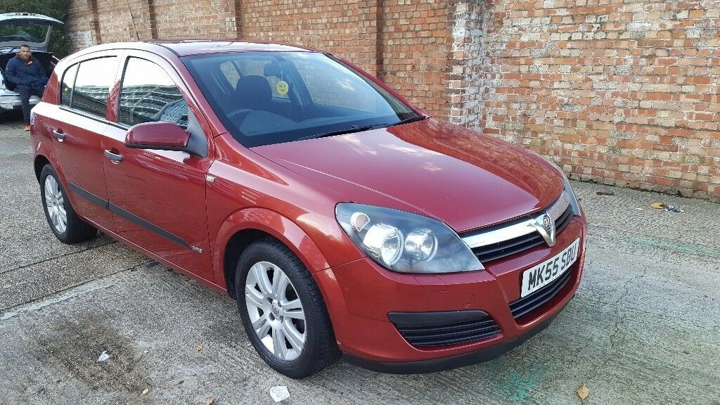 Vauxhall astra automatic 1.6 lit full service history in mint condition