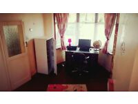 A VERY LARGE CLEAN ROOM IN A FAMILY HOME, CLOSE TO REDBRIDGE STATION 115 PER WEEK,
