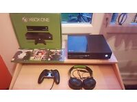 MINT Condition BOXED 500 GB Xbox One (3 Games and Turtle Beach Headset)