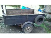 6 x 4 foot trailer perfect condition comes with spare wheel
