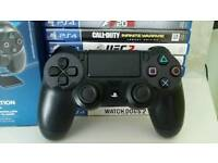 PS4 Controller in Black
