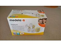 MEDELA FREESTYLE DOUBLE BREAST PUMP - HARDLY USED! ONLY £95