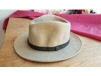 Mens hat Large NEW and UNUSED