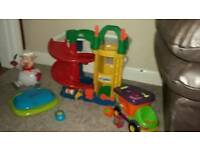 Fisher Price litle people garage +Joblot of toys