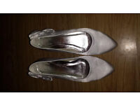 ivory womens shoes size 6