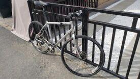 Specialized Sirrus Road Bike 57cm