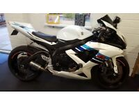 Gsxr 600 k9 really clean example loaded with extras new exhaust new chain amd sprocket