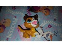 Various littlest pet shop figures - some rare