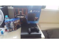 SONY PS4 500GB + 4 GAMES IN PERFECT CONDITION