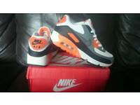 Nike Air Max 90 Essential Size 8 New Mens Womens Trainers Shoes Orange Black Grey White