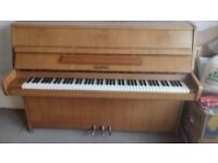 Lenberg Upright Piano 3 pedal