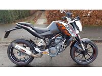KTM DUKE 125 SUPERMOTO NOT EVEN A YEAR OLD YET, IMMACULATE! NO DEPOSIT FINANCE /CARD PAY & DELIVERY