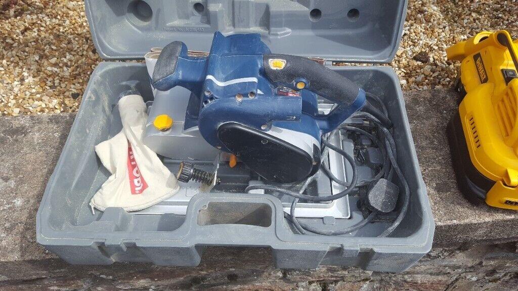 Ryobi EBS-1310V Electric belt sander