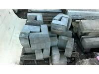 External angle concrete kerbs x16