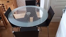 Dining table and 4 chairs now reduced!!£100 today only because tommirrow gone !