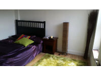 2 Double Rooms Low Rent (£475 pcm) & Deposit (£295) Close to Romford Station >>>