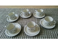 Set of 6 Hornsea pottery Cornrose tea cups & saucers retro vintage collection