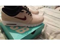 Nike Air SB trainers size 9 (NEW)