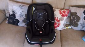 Fisher-Price car seat- Group 0+