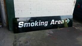 LARGE SMOKING AREA SIGN - WITH MIRROR EFFECT LETTERS