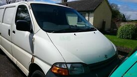BREAKING TOYOTA HIACE ( PARTS AVAILABLE!!!)