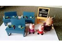 Peppa pig toy school set