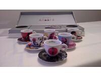 Illy Art Collection 2009 Pedro Almodovar 6 Cup Set coffee espresso Highly Collectable.