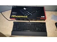 CORSAIR VENGEANCE K95 MECHANICAL KEYBOARD : CHERRY MX RED KEY-SWITCHES : WHITE LED BACK-LIGHTING :