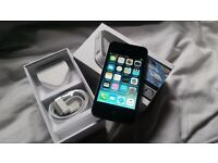 iphone 4s Unlocked with box and brand new apple charger