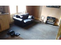 Large One bedroom flat Beeston DSS Welcome Self contained near park quite street