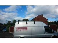 Ladder system, roof bars and ladder clamps