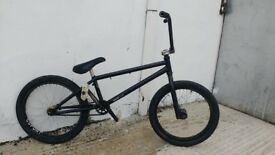 Custom bmx for sale, gsport wheels khe rear hub sunday forks eastern chro-mo frame