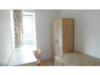 AMAZING SINGLE ROOM AVAILABLE NOW