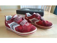 GEOX Respira Junior Vita Suede Kids Trainers UK Size 13 EUR 32 Skater Style Trainer Shoe