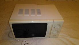 Caravan / motor home microwave.