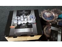 Royalty Line 16 Pcs Stainless Steel Cookware Set with thermo knobs - BRAND NEW