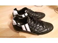 Boys fooball boots