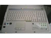 """Acer Aspire 7720G Laptop 17"""" screen/monitor & DVDRW BleuRay"""
