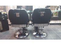 2× MYC barber chairs