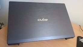 Cube Chameleon CZ-5840 Fast Gaming Laptop *Like New*