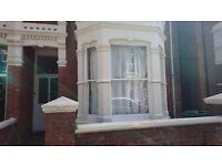 Room to rent in shared house. Working professionals. Fully furnished No deposit Southsea, Portsmouth