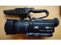 Professional 4K camcorder JVC GY-HM170e w. KA-HU1, Sony Mic, Bag & extra battery *unused with box