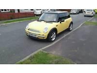 Mini cooper 1.6 2001 yellow