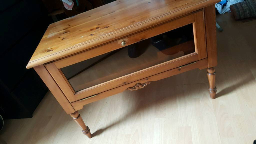 Tv cabinet pin table