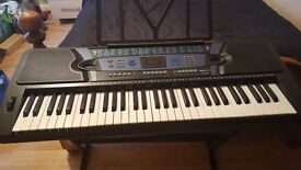 Pitchmaster duo 90463 full size black electronic keyboard and stand in excellent condition