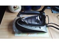 Morphy Richards atomist steam iron perfect working order as new