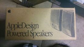 Apple Design Powered Speakers***BARGAIN**** OPEN TO OFFERS-P&P